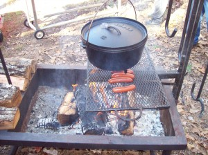 The Chili is on! And Hot Links!